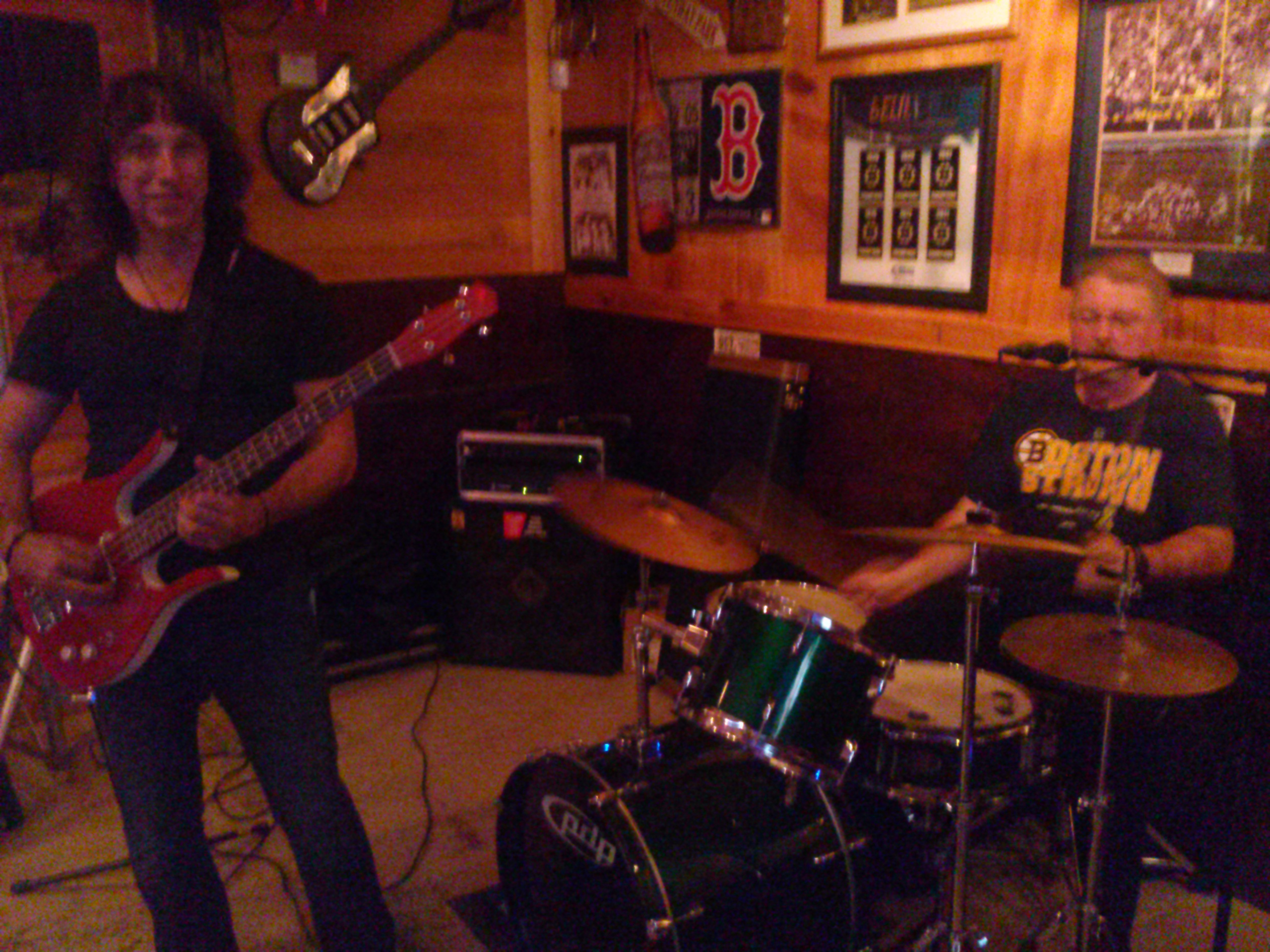 The Mcmurphys Rocked Boondocks Tavern Country Grill In Weare Nh