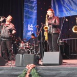 Love Dogs, Jilly Martin & Ryan Brooks Kelly, and Sugarbabies Band play Boston's treelighting ceremonty